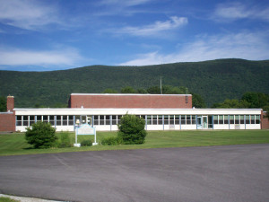 Currier Memorial School